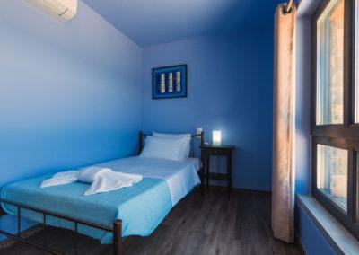 Room_c_01