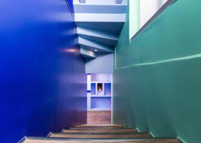 Σκάλα προς υπόγειο